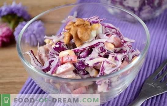 Црвена зелка салата - светла, вкусна, витамин! Како брзо да се готви салата од црвена зелка со бибер, пченка, колбаси и јајца