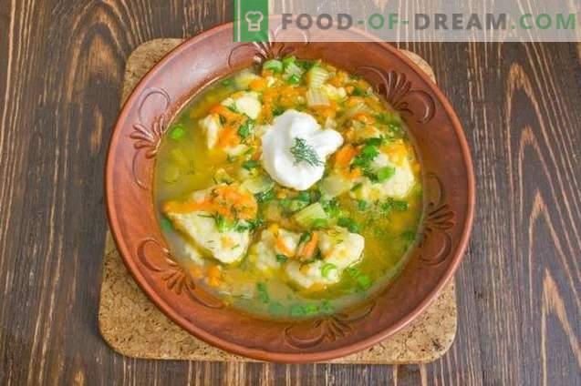 Sopa de pescado con albóndigas de patata