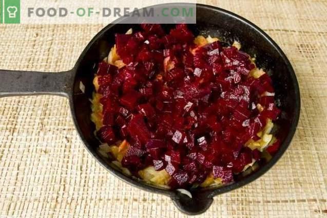 Супа од црвена репка направена од цвекло со пилешко и шампињони