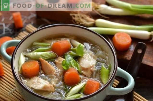 Кинеска пилешка супа со Фунхоза
