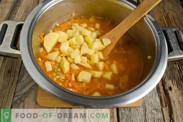 Марината со јачмен, свежи краставици и пилешко