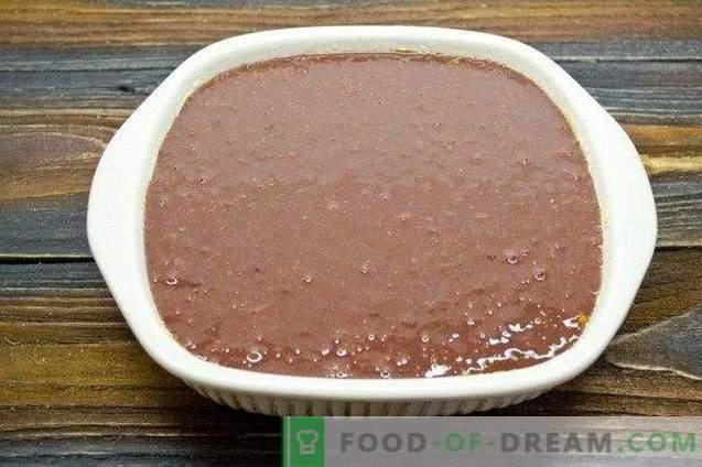 Говедско месо црниот дроб со печурки и зеленчук во рерната