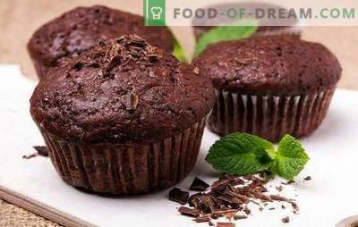 Chocolate muffins - they are so seductive! Recipes for chocolate muffins with liquid fillings, cherries, bananas