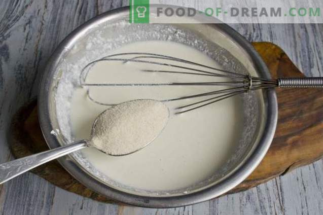 Тепсија за сирење со кашкавал со маснотии