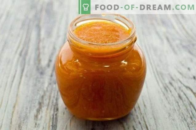 Сос од домати со моркови и јаболка за зима