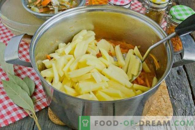 Супа од домати со компири