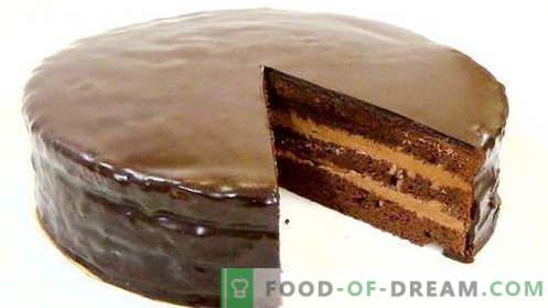 Торта Прага - најдобрите рецепти. Како да правилно и вкусно готви Прага торта.