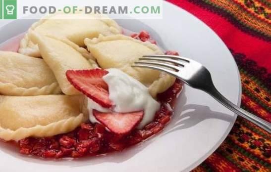 Посебна категорија кнедли - пареа јагоди. Рецепти за тесто, топи и сосови за пареа од кромид од јагода
