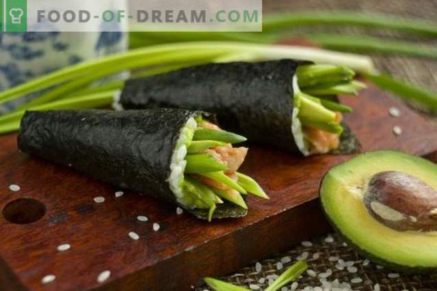 Temaki суши со авокадо и пастрмка