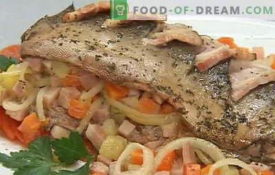 Разновидни рецепти на розово лосос со моркови и кромид: задушени, печени. Пинк лосос со моркови и кромид во рерна и тава