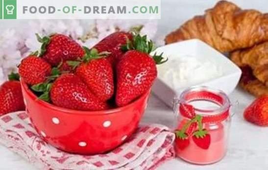Јагоди со кисела павлака - во светот на нежност! Неверојатни десерти од јагода со кисела павлака за летно мени
