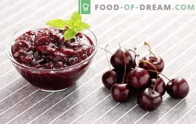 Saldais ķiršu ievārījums ir gatavs ziemai. Ķiršu ievārījumu receptes: ar citronu, jāņogām, zemenēm, rožu ziedlapiņām