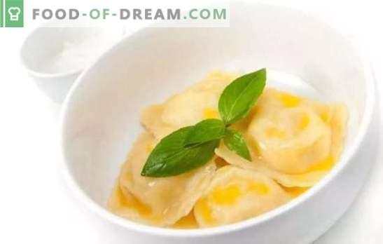 Кнедли со компири: чекор по чекор рецепти за омиленото јадење на секого. Готвење вкусни кнедли со компири користејќи чекор по чекор рецепти