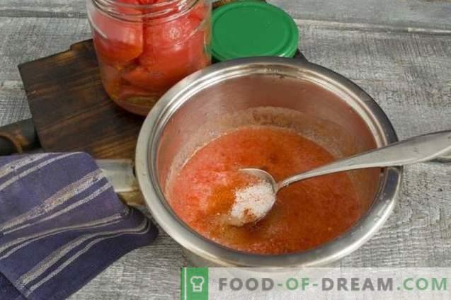 Домати во свој сок со пиперка за зима
