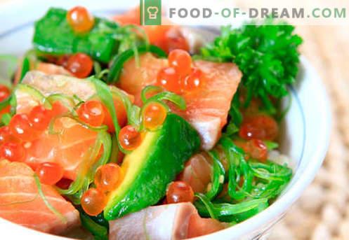 Салата со лосос и кавијар - вистинските рецепти. Брза и вкусна салата за готвење со лосос и кавијар.