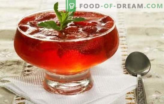 Easy and tasty dessert - jelly from jam. Simple and original recipes jelly from jam with gelatin and agar-agar
