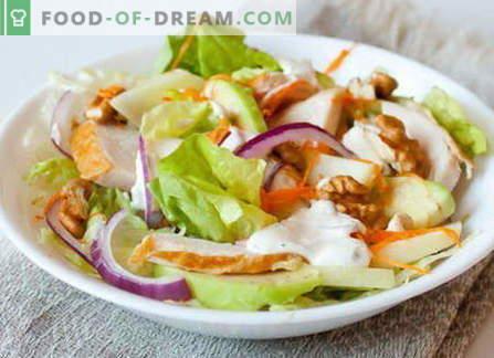 Пушена пилешка салата - најдобри рецепти. Како правилно и вкусно да се готви салата со пушеле пилешко.