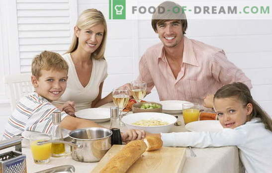 Едноставна брза вечера е можност брзо и вкусно да го нахрани семејството. Како да се готви едноставна вечера во брзање