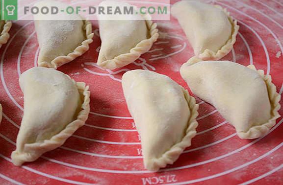 Кнедли со компири: чекор по чекор фото рецепт. Ние правиме кнедли со компири за функцијата, а не само: сите трикови на процесот, пресметката на калоричната содржина