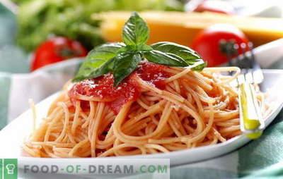 Шпагети со доматна паста: готвењето е лесно. Шпагети рецепти со сос од домати: со зеленчук, пилешко, пушено