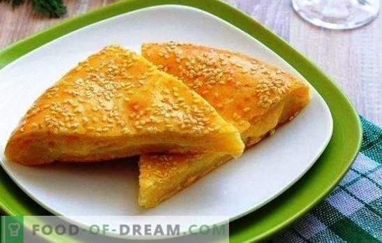 Сирење тортили на кефир се мултинационални производи. Варијанти на торта со сирење на кефир: со тиква, кромид