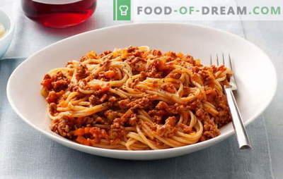 Шпагети со мелено месо и шпагети со мелено месо и доматна паста - омилена! Најдобриот рецепт за шпагети со мелено месо: невозможно е да помине за