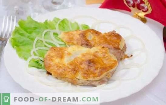 Cerdo con queso en el horno - ¡Se come sin parar! Recetas de cerdo con queso al horno con champiñones, piñas, tomates, papas, ciruelas pasas